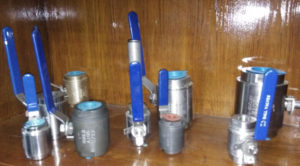 用于电厂,石油化工,石油天然气服务的ANSI小尺寸锻钢球阀